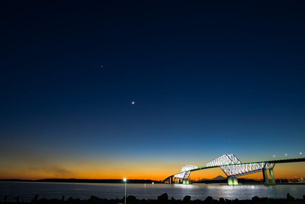 24mm f/5 3s ISO100 (D610 Sigma 24-35mm f/2) ゲートブリッジ 夕景夜景 マジックアワー